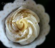 Gold and Cream Cupcake